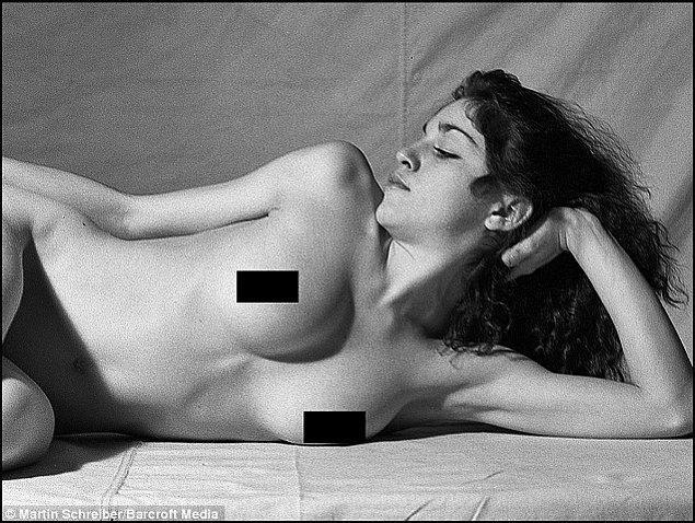 Genç Madonna'nın geçmişten izler taşıyan bu fotoğrafları son olarak ise 8 Aralık'ta Paris'te açılan yeni bir sergide görücüye çıktı.