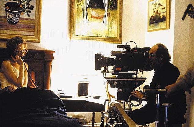 16. Gözü Tamamen Kapalı filminin çekimleri sırasında, son 15 ayda her gün 18 saat boyunca aralıksız çalıştı.