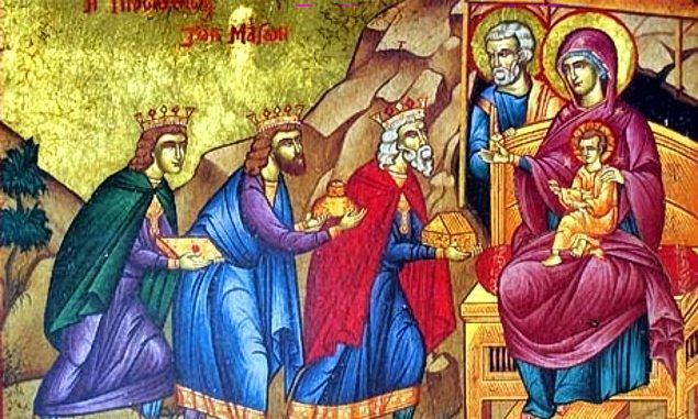 9. Hediye geleneği aslında Müneccimler'den Noel Baba'ya geçmiştir.