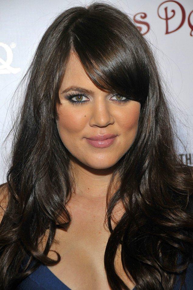 22. 2000'li yıllarda çoğu kadının tercih ettiği saç modeliyle Khloé.