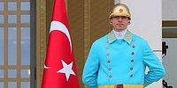 Sosyal Alem Bunu Konuşuyor: İşte Beştepe'deki Nöbetçi Polislerin Yeni Kıyafeti
