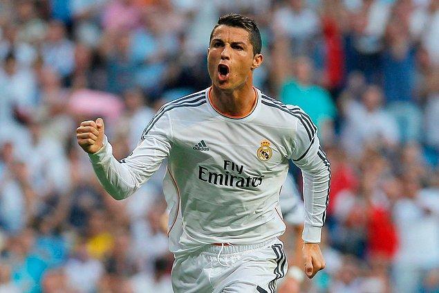 3. Cristiano Ronaldo | Manchester United ➡️ Real Madrid