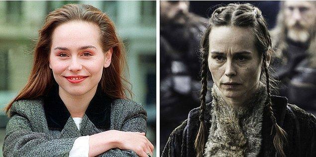 19. Tara Fitzgerald (Selyse Baratheon), 1994 vs 2017