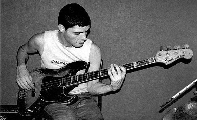 Grubun Bas Gitaristi Ari Barokas!