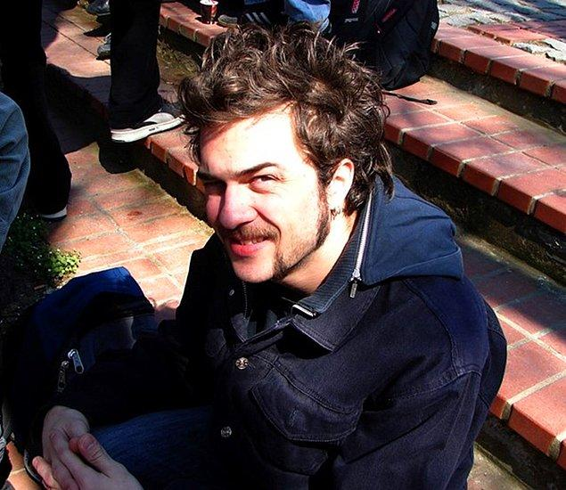 Grubun Bateristi Mehmet Demirdelen!