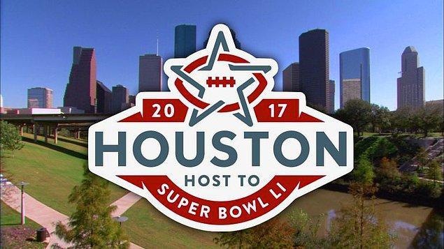 4. Super Bowl, her sene farklı bir şehirde düzenleniyor. Bu sene karşılaşma Houston'da oynanacak.