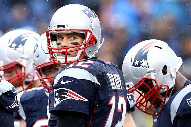 7. Finalistlerden ilki New England Patriots.
