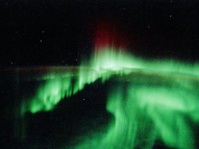 6. Biraz daha zorlayalım bilgilerini, evrendeki en soğuk doğal bölge neresi?