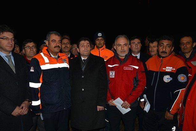 Çanakkale Valisi Orhan Tavlı, 13 köyde 238'i ağır hasarlı toplam 313 evin hasar gördüğünü söyledi.