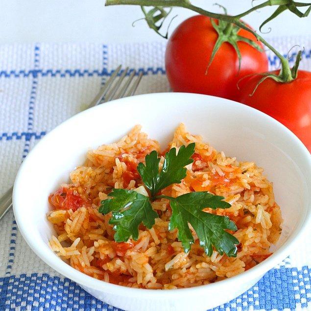 11. Sanırız domatesli pilav sevdamız asla sönmeyecek!