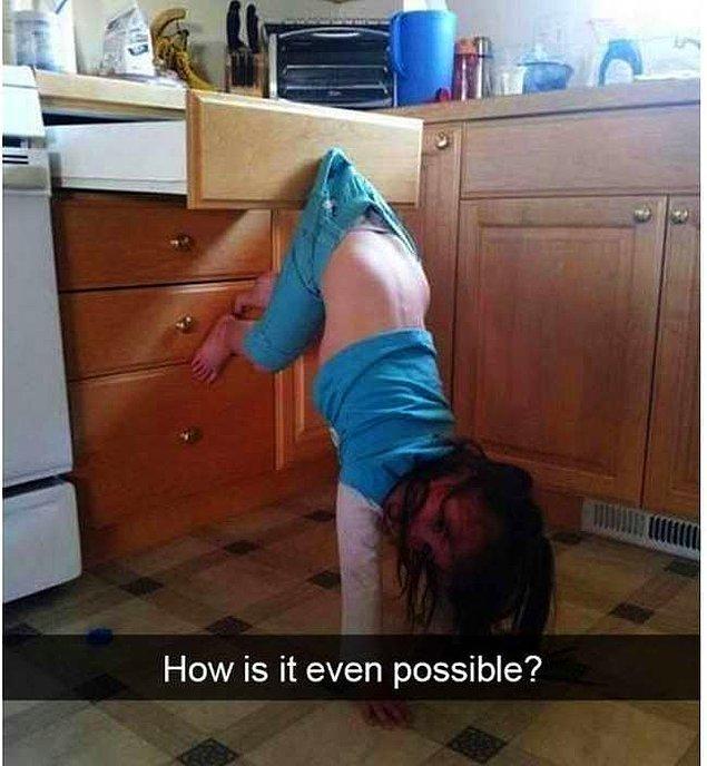 10. Mutfağa bi giriyorsunuz çocuk bu halde. Ben olsam yarım saat izlerdim nasıl oldu bu diye