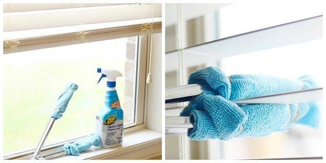 2. Havluları maşaya sararak zor noktaları temizleyin.