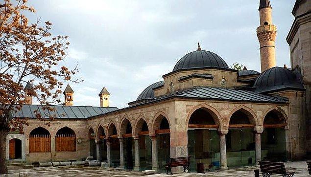 4. Kurşunlu Camii ve Külliyesi