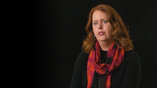 9 kişilik jüride yer alan ve Özbilici'nin ödülü alması yönünde oy kullanan fotoğrafçı Mary F. Calvert da karar sürecinin çok zorlu olduğunu söylüyor.