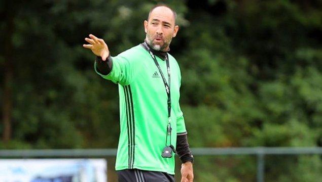 Daha sonra 8 aylık bir PAOK tecrübesi yaşayan genç teknik adam; bu sezon Karabükspor'un başına geçti.