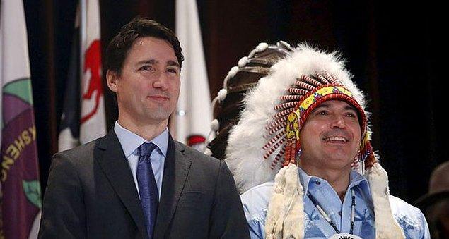 Trudeau'nun Kate Middleton'ın aklını almasının üzerinden aylar geçti; bu sırada da Justin Başgan kendisine hayran edecek yeni işler peşinde koşmakla meşguldü.