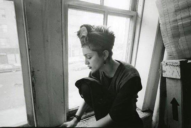 İkili ayrıldığında Jean-Michel, Madonna'ya verdiği çizimlerini geri istedi ve hepsinin üstünü kapkara boyadı.