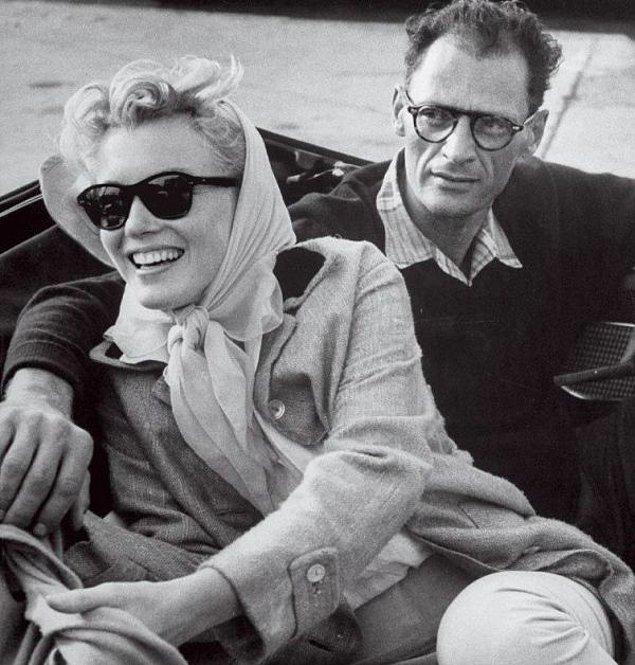 1951'de Hollywood'da geçen kısa bir ilişkiden sonra, Arthur Miller ve Marilyn Monroe 1956'da evlendiler.