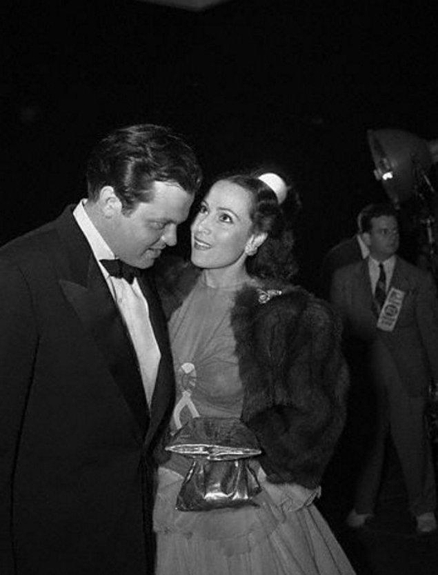 İlişkileri Welles'ın başyapıtı olarak kabul edilen 'Citizen Kane'in çekimi ve galasını da içine alan birkaç yıl devam etti.