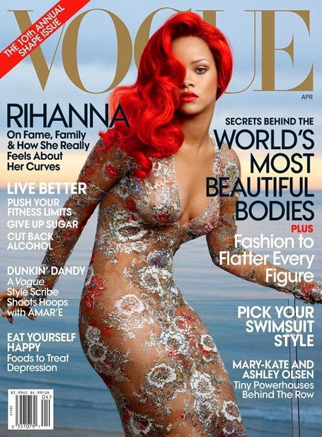 3. Vogue dergisinin 2011 yılındaki sayılarından birinde ilk kez gördüğümüz Rihanna ve Channel elbisesi...