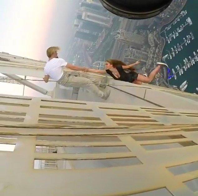 Baş döndürücü çekim Dubai'nin Cayan Kulesi'nde gerçekleşti.