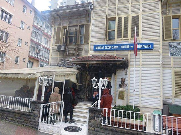 Yangın kısa sürede kontrol altına alındı.