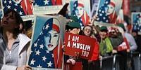 New York'ta Trump Protestosu: 'Ben de Müslüman'ım'