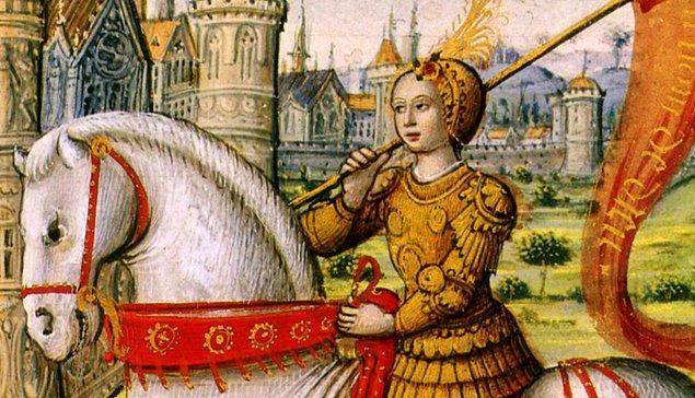 Ne yazık ki Jeanne d'Arc için aynı şey söz konusu değildi. Birkaç başarılı zaferden sonra başına çok kötü bir şey geldi.
