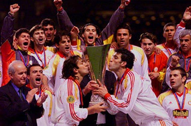 11. Avrupa'da kupa kazanan ilk takım Galatasaray'dır. (17 Mayıs 2000, UEFA Kupası)