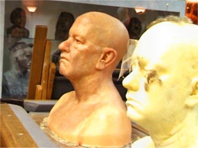 3. Başlangıçta Tom Hanks'in, oynadığı gardiyan karakterinin yaşlılık halini de canlandırması düşünülüyordu.