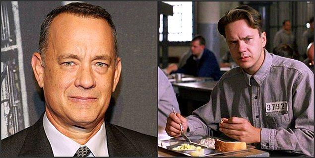 15. Tom Hanks, filmdeki gardiyan rolünü geçmişte Esaretin Bedeli'ndeki Andy rolünü geri çevirmek zorunda kaldığı için kabul etti.
