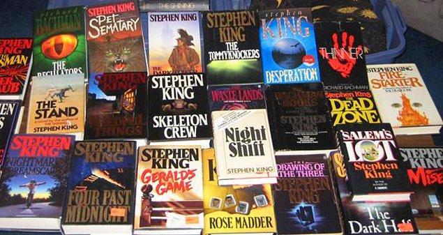 8. DVD'nin ekstralarında yer alan bir bilgiye göre Stephen King, daha önceki filmlerle karşılaştırdığında Yeşil Yol filmini kitabına en sadık uyarlama olarak nitelendirmiş.