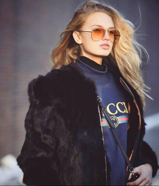 8. Genellikle moda haftalarında ünlü modellerin ve bloggerların sokak stilini fotoğraflayan Timur Emek, bu alanda dünyanın en ünlülerinden biri.