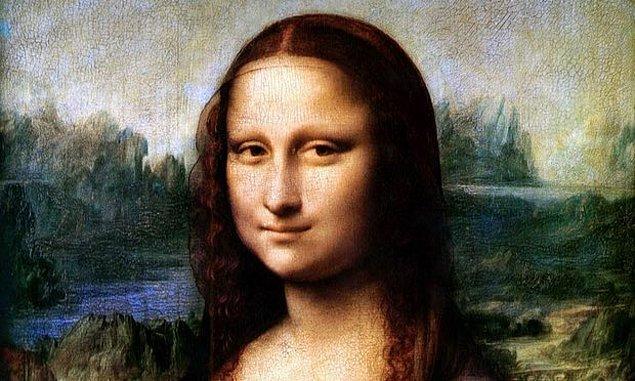 Lisa del Giocondo (Mona Lisa) o vakitler verdiği pozun dünyanın en meşhur portresi hâline geleceğini bilmiyordu elbette.