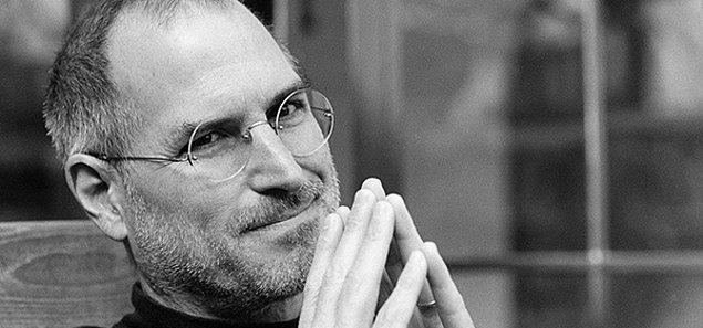 """11. """"Sadece geleceğe bakarak noktaları birleştiremezsin. Bir şeye inancın olmalı; içgüdü, kader, karma, o her ne ise."""""""