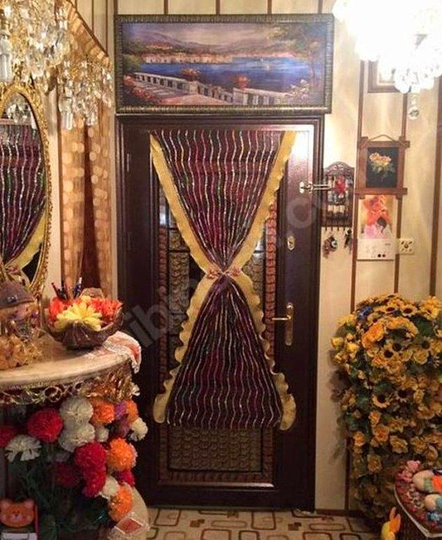6. Kapı Oscar törenlerine katılıp da gelmiş.