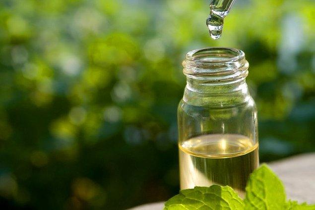 4. Çay ağacı yağı