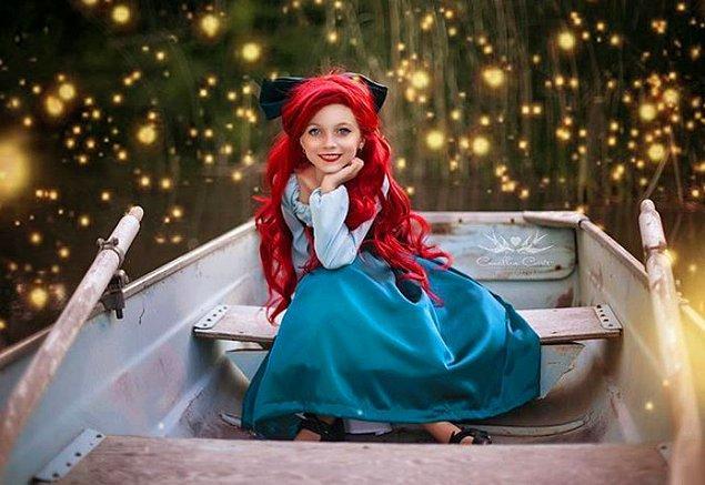 3. Her şey 2 yıl önce Disneyland'e giden anne-kızın oradaki butikten bir elbise almasıyla başlamış.