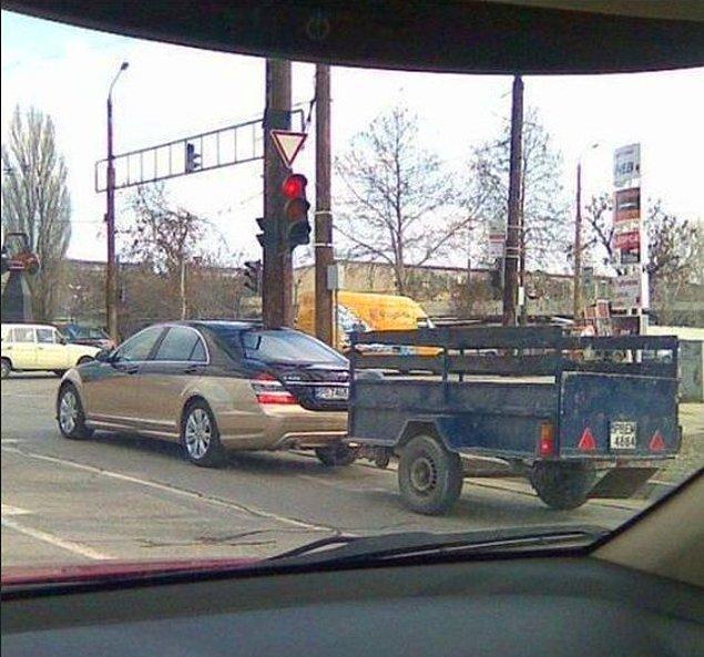 19. Şöyle Mercedes'e böyle römork takanların memleketi...