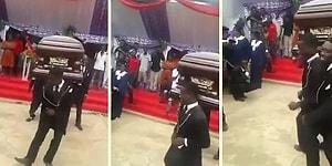 Arkadaşlarının Cenaze Töreninde Omuzlarında Tabutla Çılgınca Dans Eden Afrikalılar