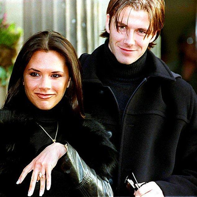 """6. David ve Victoria ilk kez bir barın park yerinde öpüştüler. İkisi de biraz sarhoştu ve David """"Ona biraz daha şarap içirip kendime aşık ettim,"""" diyor."""
