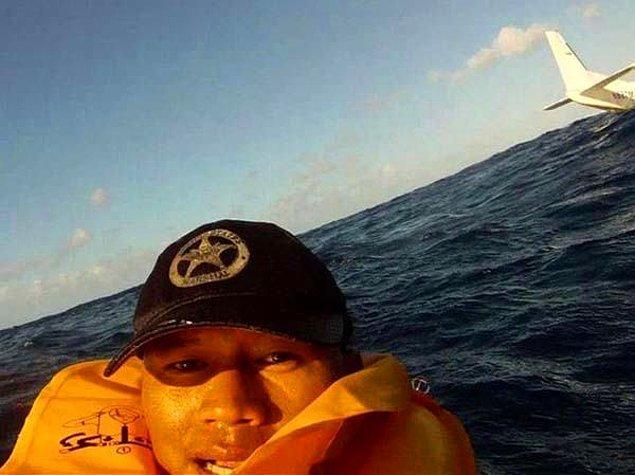 16. Kazadan kurtulup denizde bile selfie çeken var şuna bak