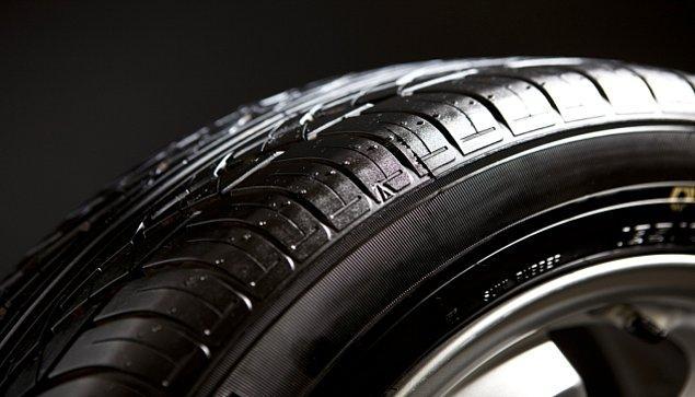 9. Uzun Süre Kullanılmayan Otomobil Lastiklerinin Havası Neden Zamanla İner?