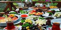Köy Kahvaltısının Olmazsa Olmaz Malzemeleriyle Size Tam Tamına 14 Tarif Hazırlıyoruz!