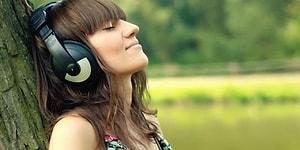 İnsana Adeta Bir Terapi Gibi Gelen Sıkılmadan Dinleyebileceğiniz 21 Uzun Şarkı