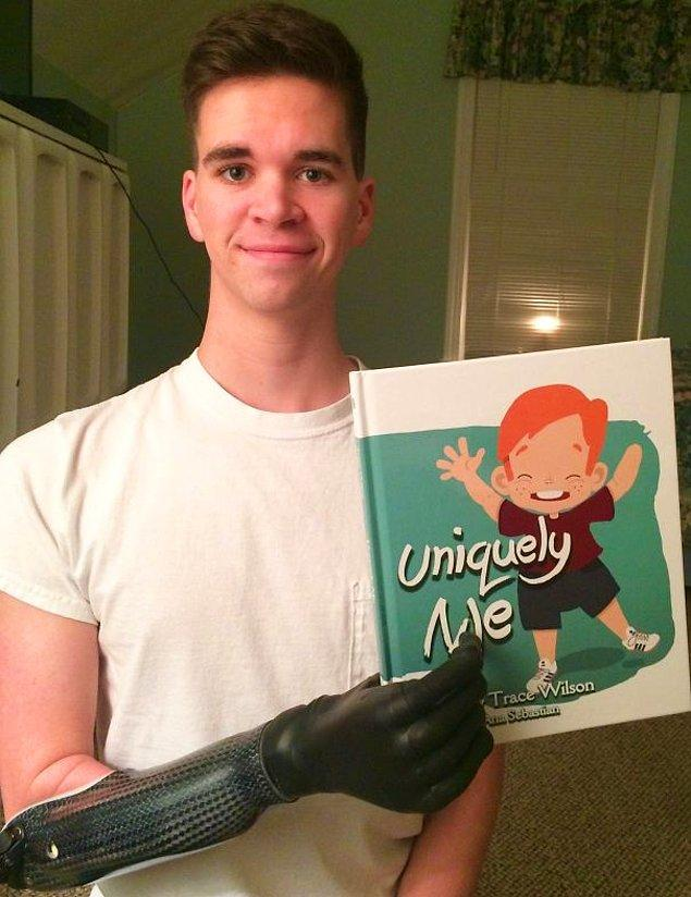 """8. """"Çocuk kitabımı ilk defa sağ elimle tutuyorum bugün!"""""""