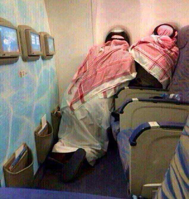 20. İki Suudi Arabistanlı yolcunun uçakla ilk yolculuğu...