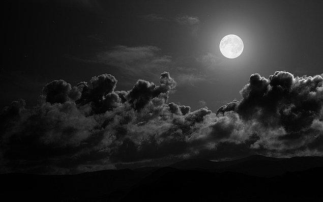 9. Bulutların ağırlığı 500 tondan daha fazla bile olabilir.