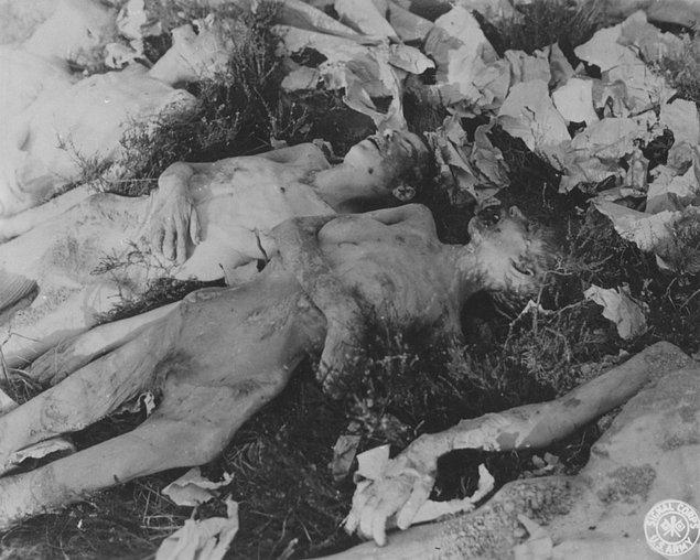 Yaklaşık 6 ay boyunca dağlarda mahsur kalan ve daha sonradan adları Camp of Death olarak anılacak bu grup, 90 kişi yola çıkıp 53 kişi olarak dönerler.