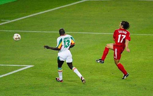 19. İlhan Mansız'ın 2000'deki altın golü